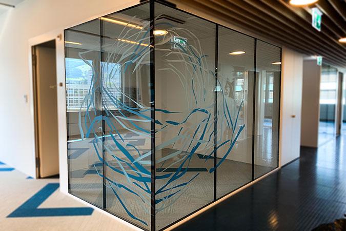Fensterglas mit Milchglasfolie Blackstone