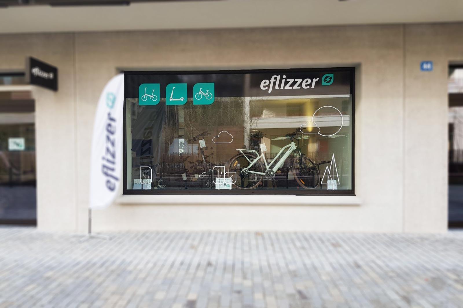 Fensterbeschriftung mit Folie auf der Aussenscheibe blackstone.ch